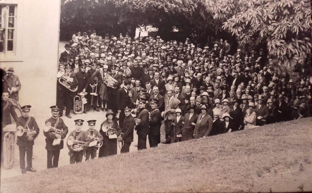Baptist Church and Launceston Town Band at Madford in 1928.