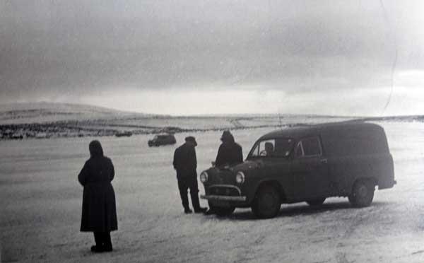 bodmin-moor-near-dozmary-pool-in-the-winter-of-1963