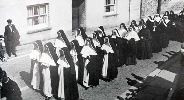 dominican-sisters-return-to-the-convent-after-a-catholic-ceremony-at-the-castle