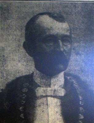 Dr. William Andrew
