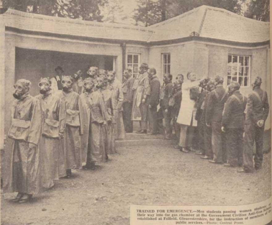 gas-instruction-centre-1937