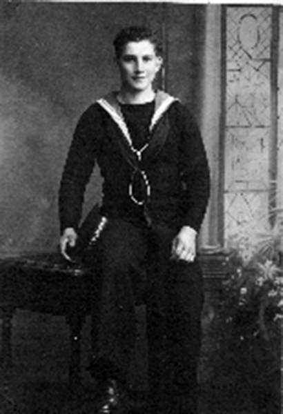 jack-earle-in-his-navy-uniform