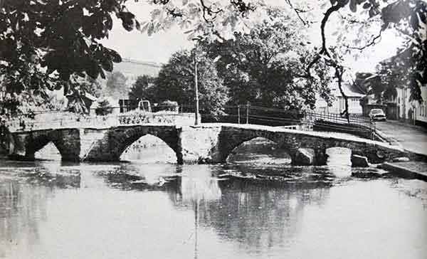 Priors Bridge, Newport, Launceston in the 1970's.