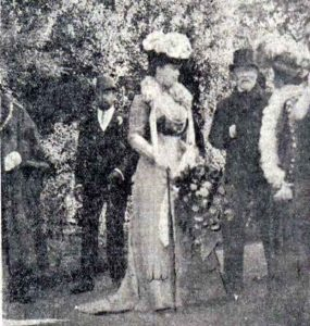 prince-edward-with-his-wife-and-the-earl-of-mount-edgecombe-at-launceston-in-1909