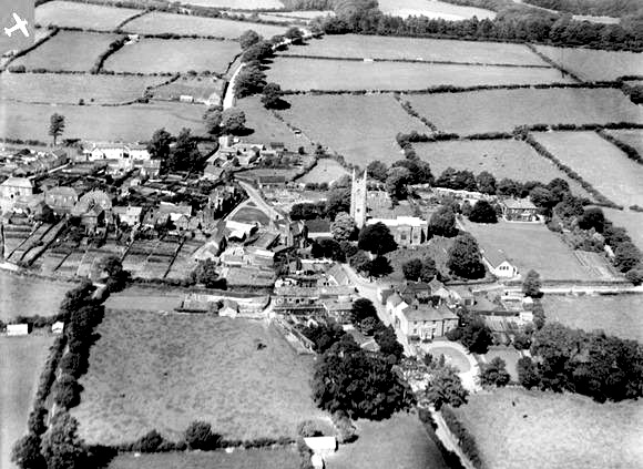 st-stephens-church-launceston-1928-britain-from-above