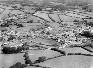 st-thomas-launceston-1928-britain-from-above