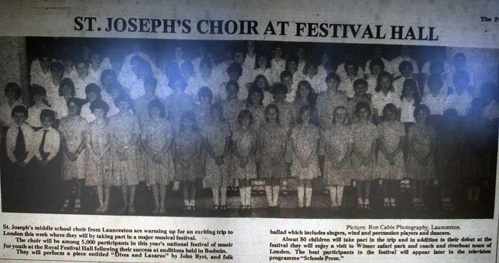 st-josephs-choir-1985