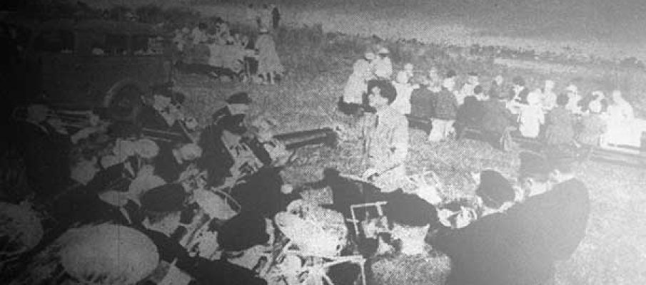 st-lukes-methodist-church-sunday-school-trip-to-dozmary-pool-with-st-breward-band-playing-in-1961