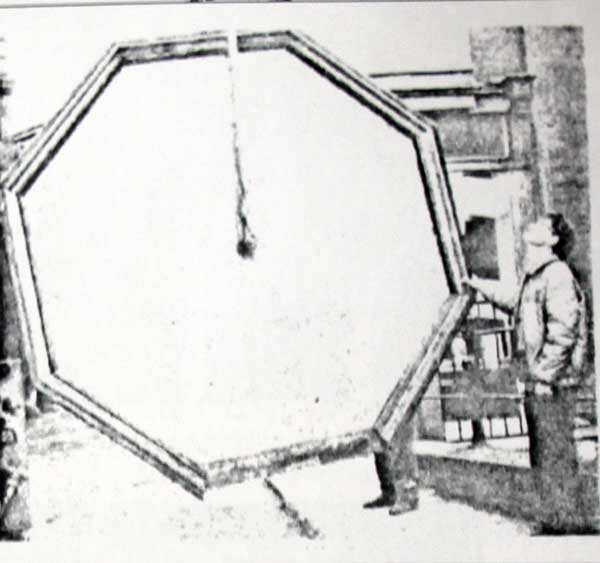 st-marys-church-clock-removal-in-1987-2