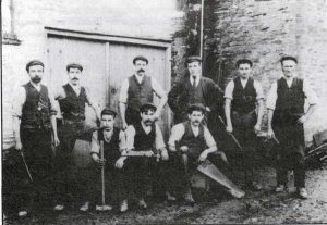 The staff of T. W. Bate from around 1902.