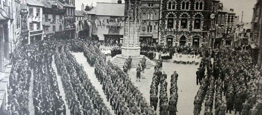the-navy-army-home-guard-raf-womens-services-and-atc-parade-in-launceston-square-durung-ww2