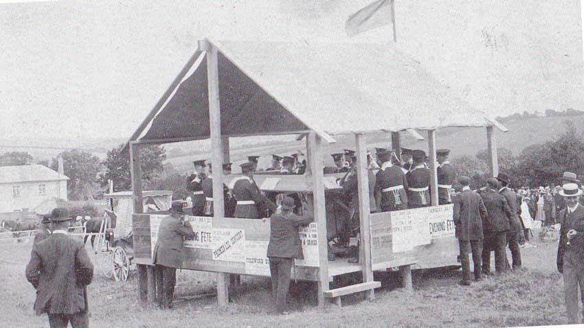 the-band-of-hms-reknown-playing-at-the-1920-launceston-horse-show