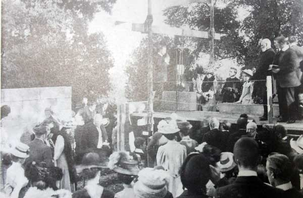 the-laying-of-st-stephens-sunday-school-foundation-stone-in-1908