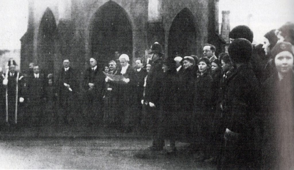 Town Clerk Stuart Peter reads the proclamation of King Edward VIII at Newport January 23rd, 1935