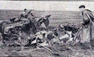 wrekage-of-halifax-bomber-that-crashed-on-bodmin-moor-near-bolventor-in-1945
