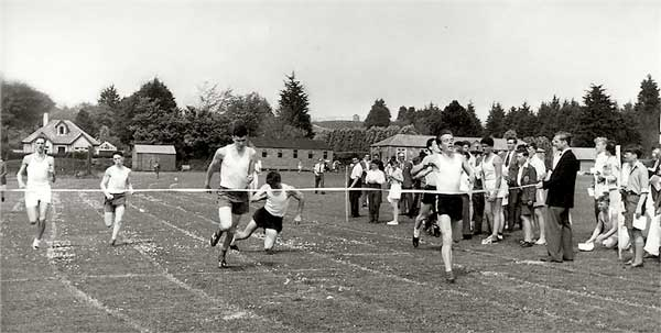 sports-day-1959-1