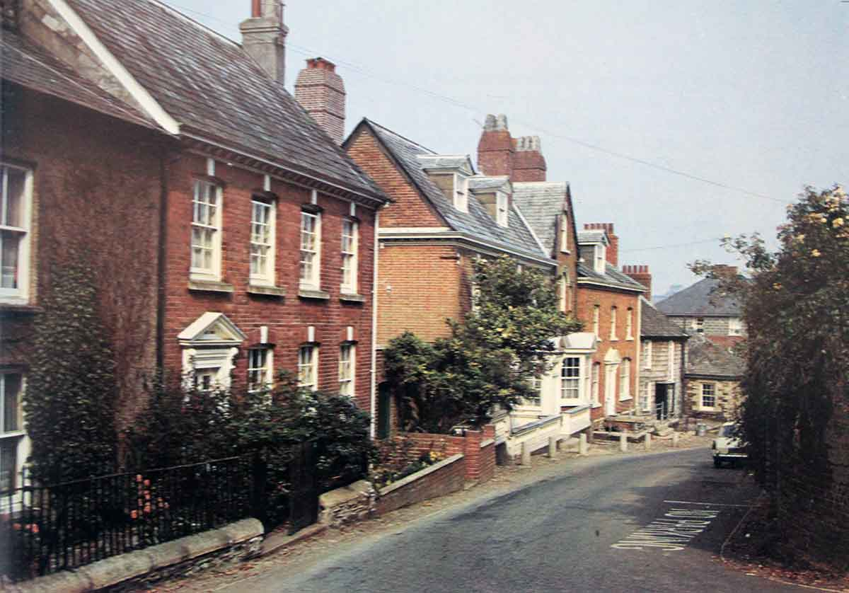 castle-street-launceston-in-the-1970s