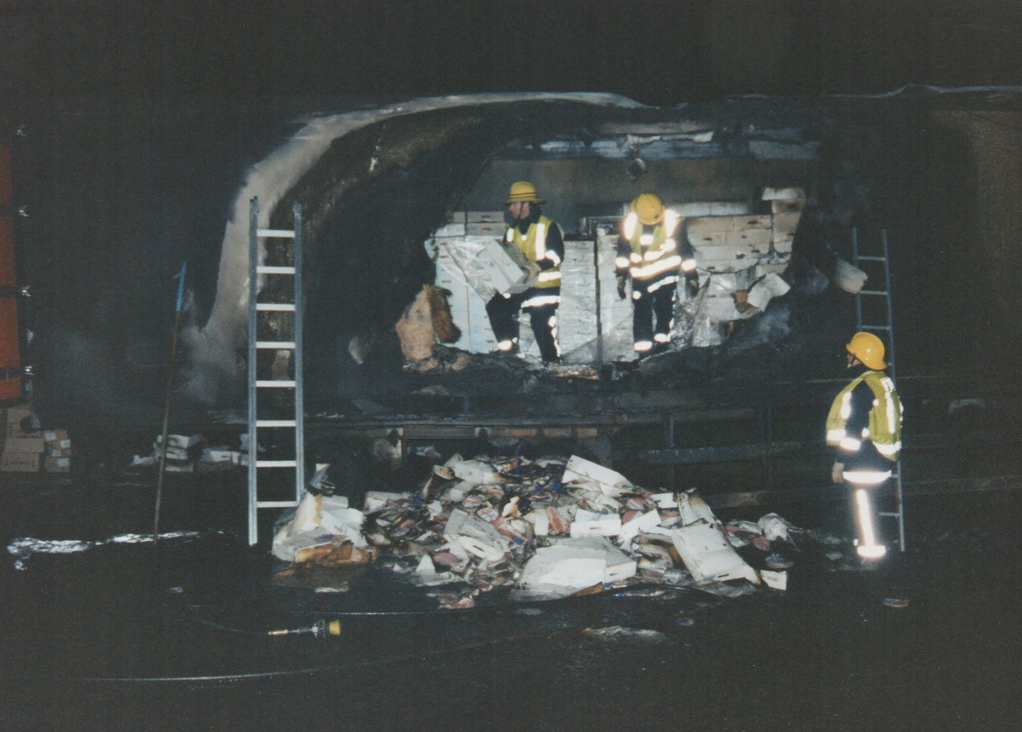 early-1990s-lorry-fire-on-the-a30