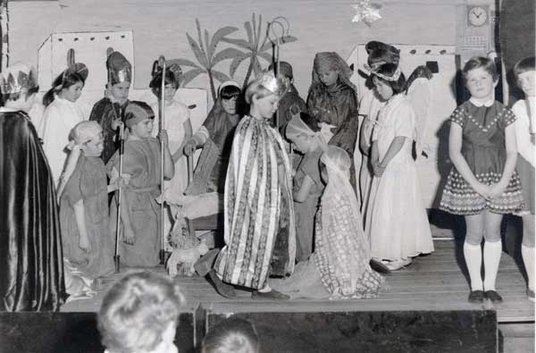 egloskerry-school-concert-nativity-play