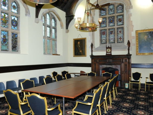 guildhall-interior