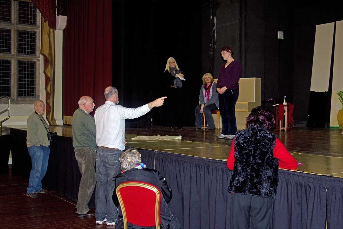 lads-calendar-girls-cast-rehearsal-2013