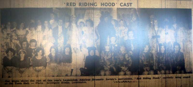 lads-1977-pantomime