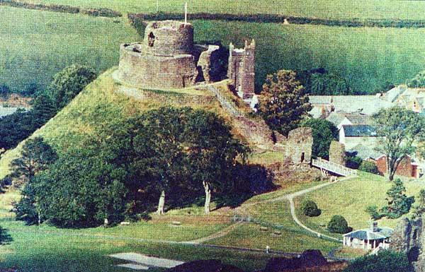 launceston-castle-aerial