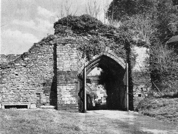 launceston-castle-northern-gate-1959