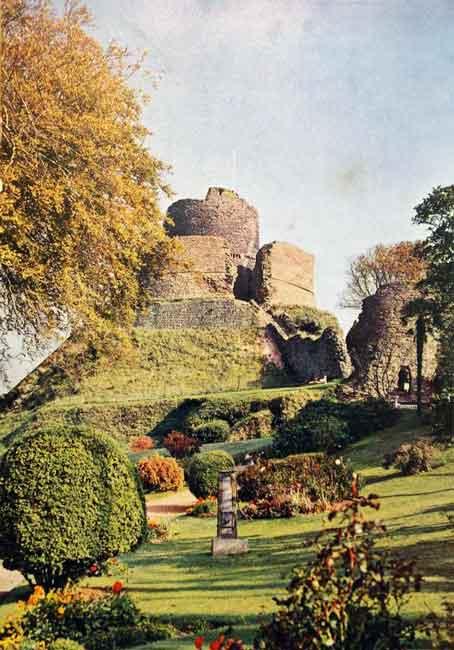 Launceston Castle in 1962.