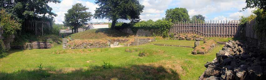 launceston-priory-ruins-panorama-2015
