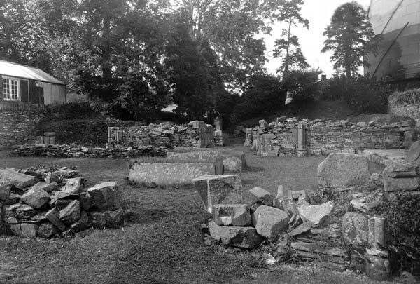 launceston-priory-ruins-c-1930s