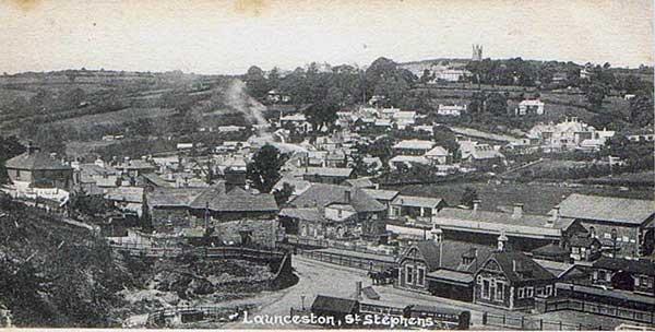 Launceston Railway Station c.1910.
