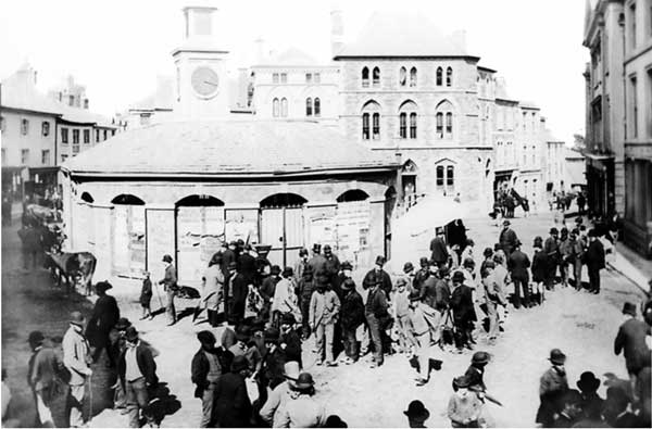 launceston-town-centre-in-1909
