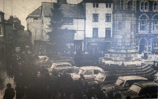launceston-town-square-christmas-1968