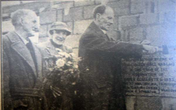 lifton-laying-of-the-foundation-stone-for-the-church-hall-in-1953
