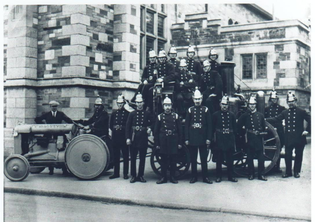 Launceston Volunteer Fire Brigade in 1914.