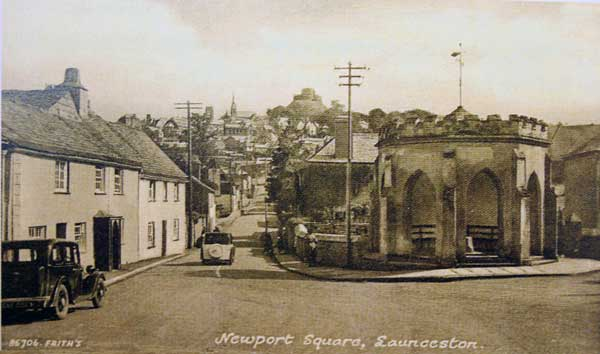 newport-square-in-the-1930s