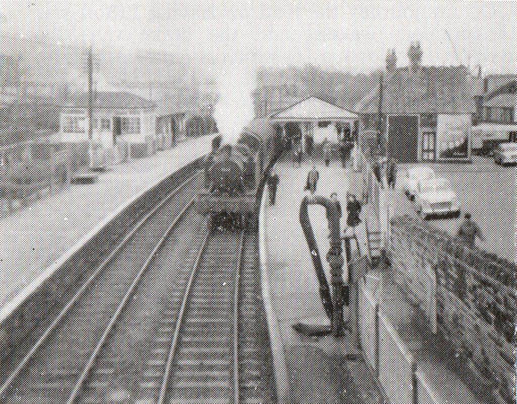 No 5564 at Launceston on Dec 1st 1962.