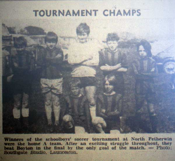 north-petherwin-football-team-from-1976