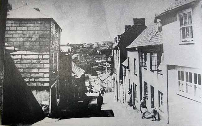 northgate-street-near-it-junction-with-castle-street-in-1930