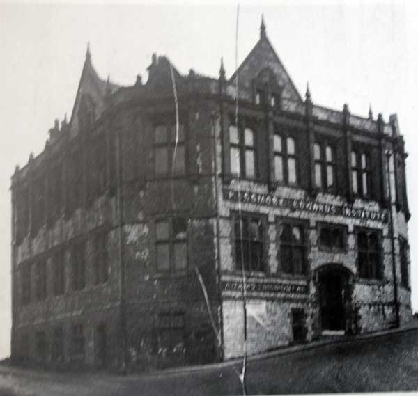 Passmore Edwards Free Library in 1900.