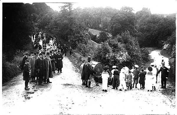 south-petherwin-procession-1911-2