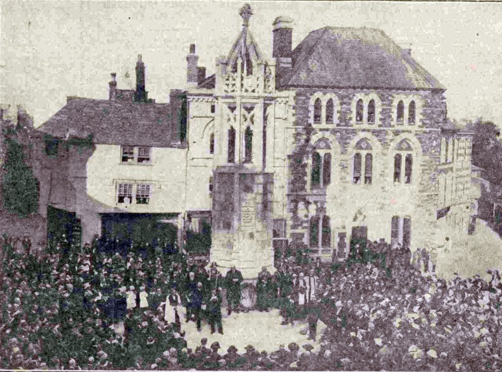 The dedication of the Launceston war memorial in October 1921