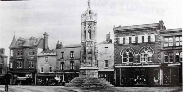 town-square-1925-with-dunns-robins-wenmouth-vennings-stephens-giddons-and-williams