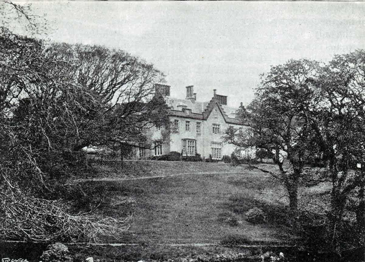 Trebursye House
