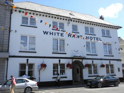 white-hart-hotel-launceston