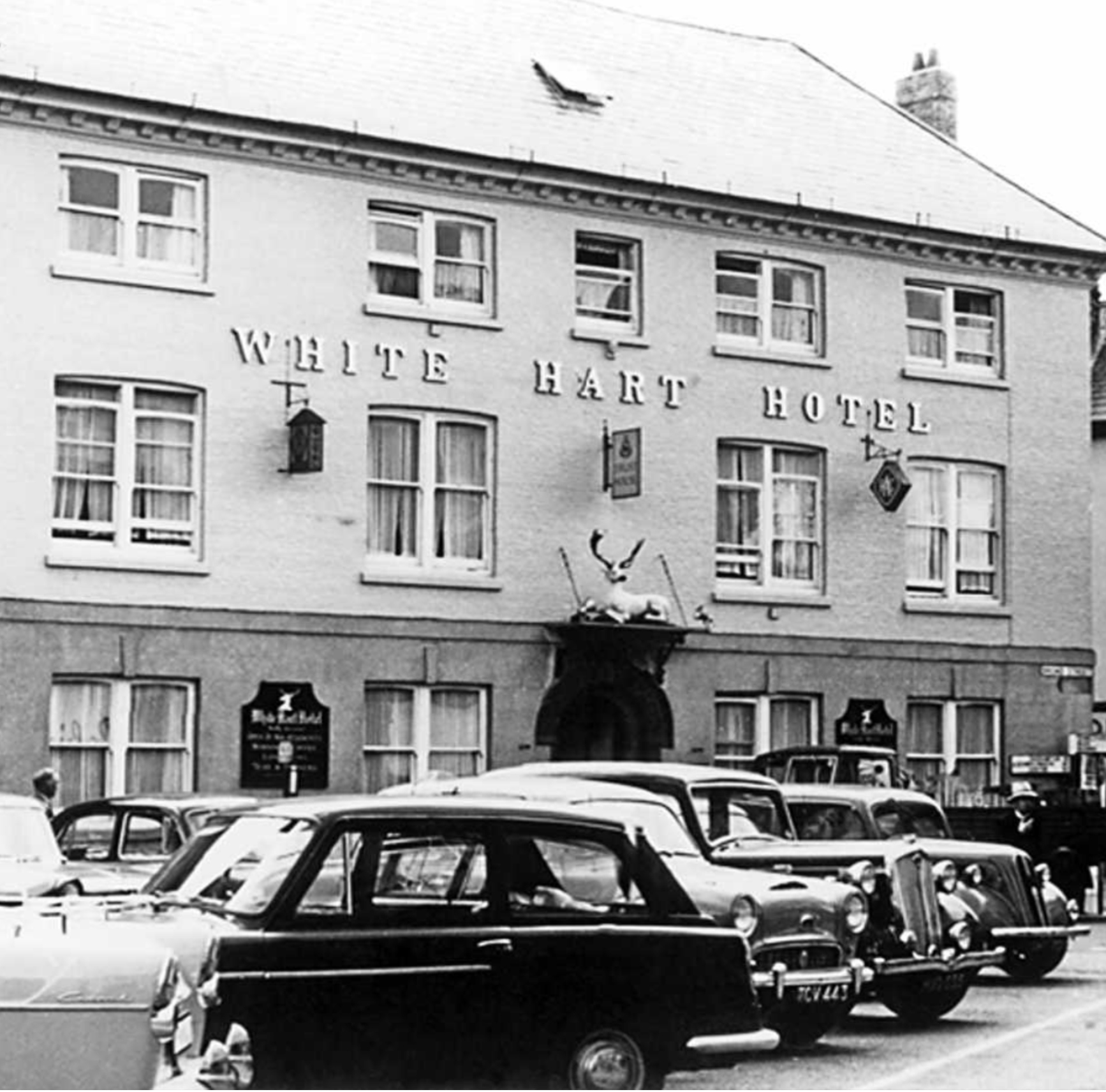 white-hart-hotel-in-1955