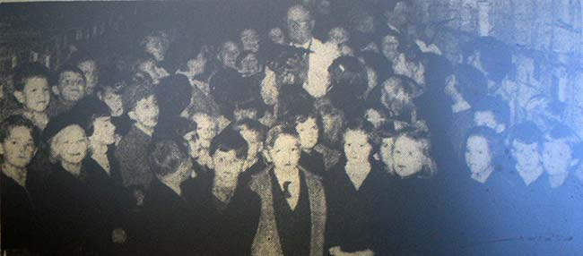 a-group-of-children-from-the-national-school-visiting-the-launceston-fanciers-show-at-the-town-hall-in-1959