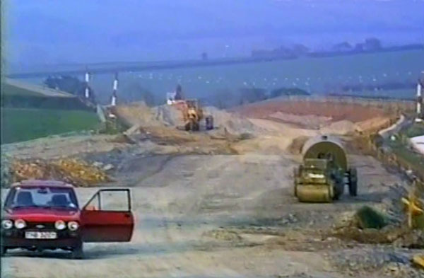 a30-construction-in-1989-looking-towards-two-bridges