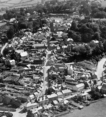 aerial-view-of-northgate-street-launceston-pre-1964